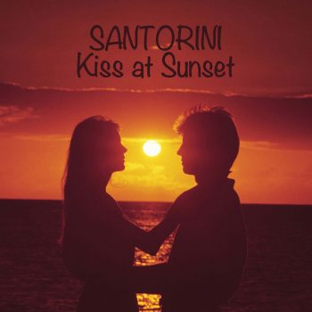 Santorini-Kiss-at-Sunset